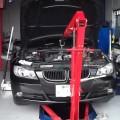 BMW E90 3シリーズ 320 オイル漏れ修理 神戸 西宮 芦屋