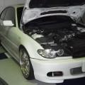 BMW E46 318 焦げ臭い!エンジンルームから白煙!オイル漏れ修理