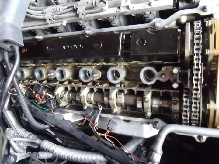 BMW,E39,E46,E90,E60,E61,6気筒,オイル漏れ修理,神戸